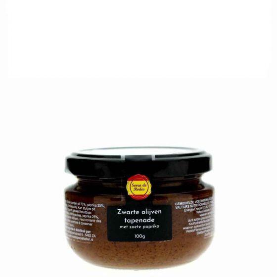Tapenade met  zwarte olijven tapenade en zoete paprika