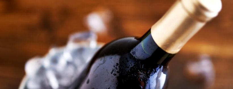 Qeuze tip: drink gekoelde rode wijn